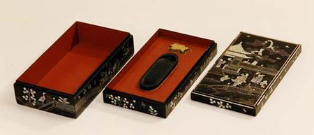 螺鈿硯箱(らでんすずりばこ)