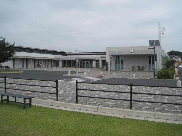 『庁舎全体』の画像