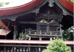 上羽黒神社本殿及び拝殿(かみはぐろじんじゃほんでんおよびはいでん)
