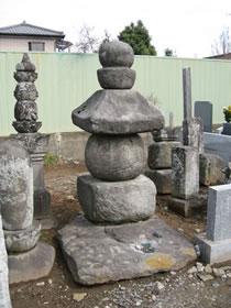 五輪塔(ごりんとう)
